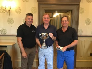 Nigel Wyatt (Profusion Environmental) and Tim Lobb present Steve Green with Thomson Cup